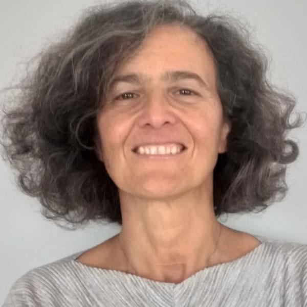 Dra. Carla Costa